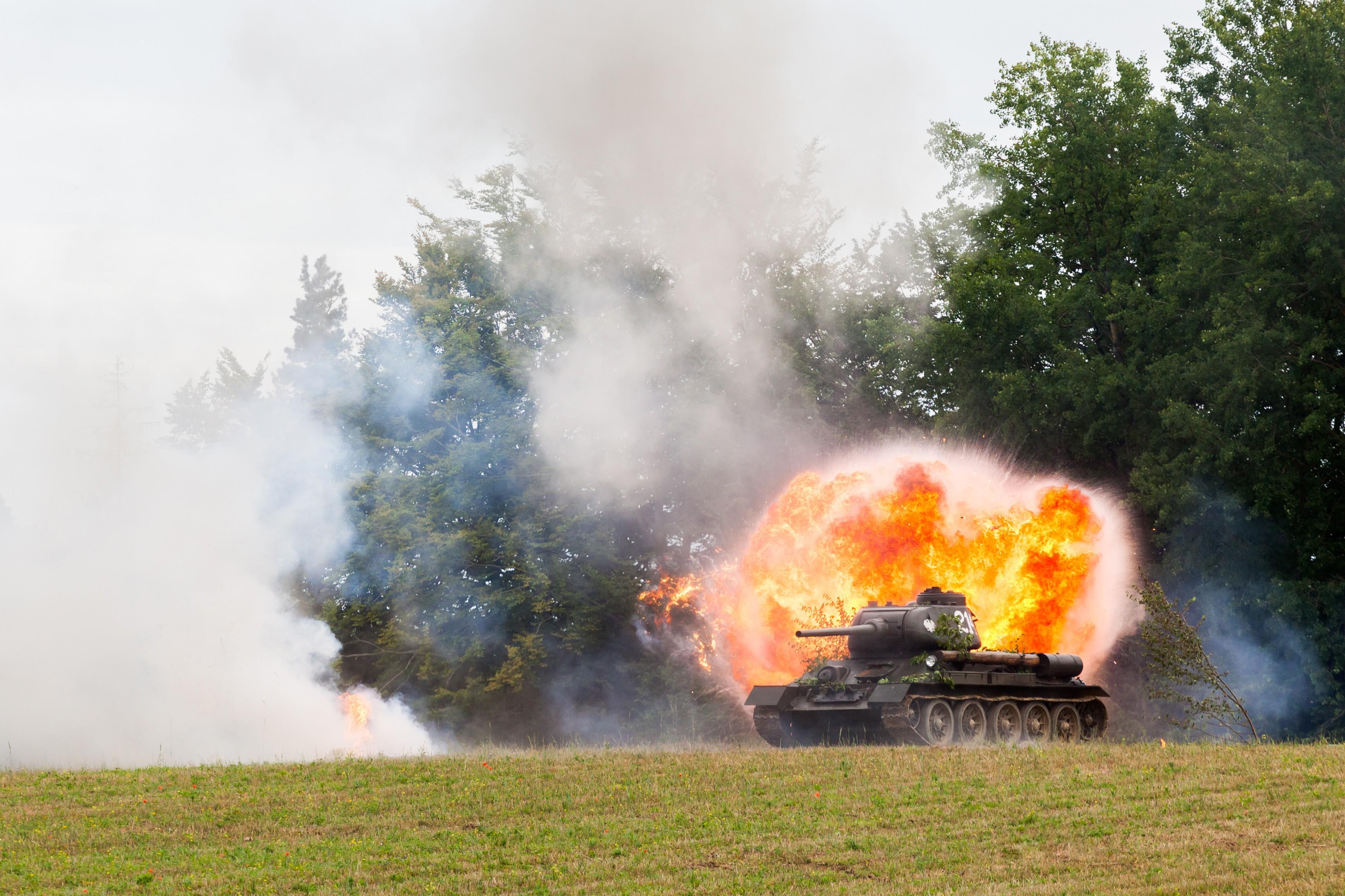 vehicle-air-blast-test